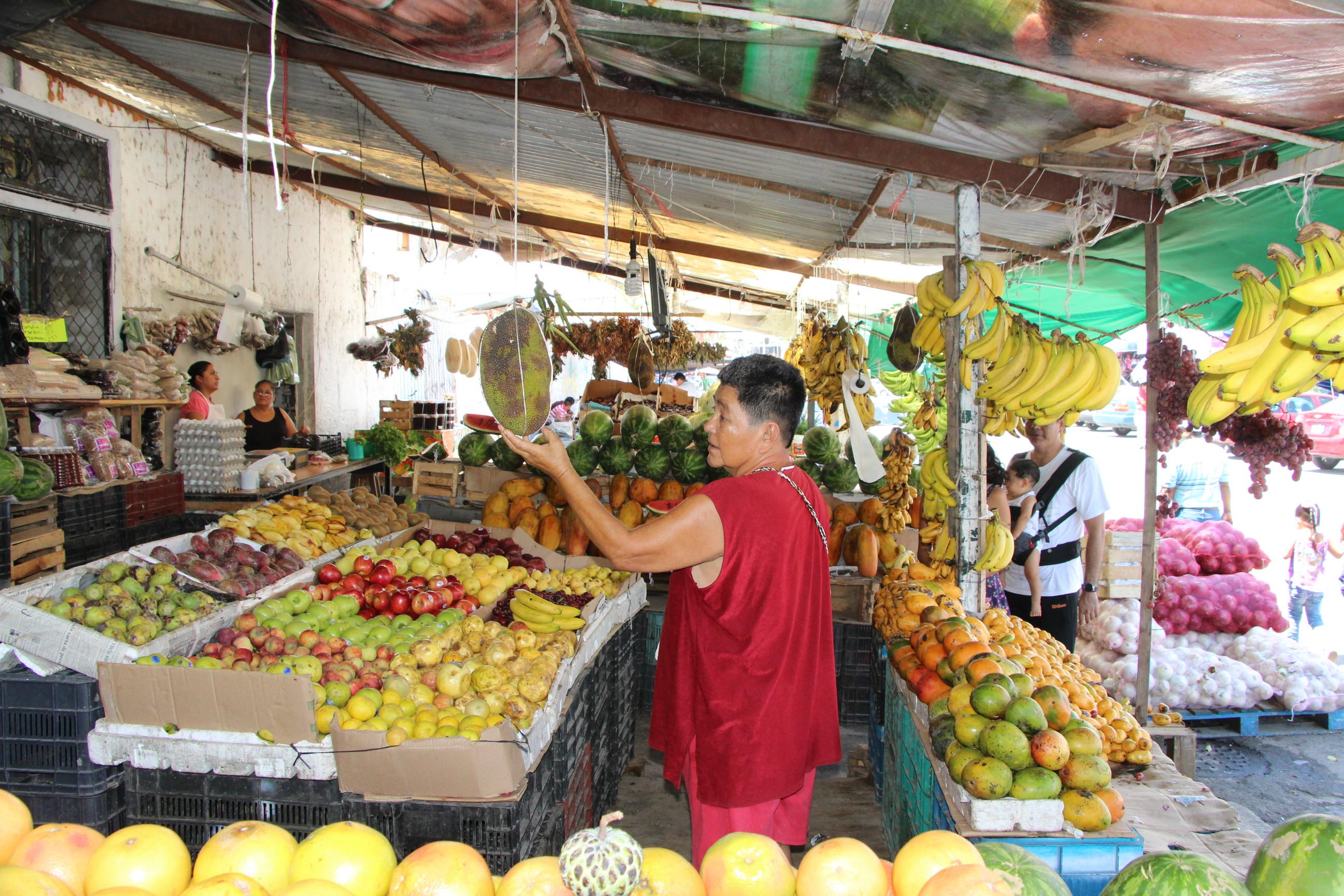 La yaca en los puestos del Mercado 23 de Cancún